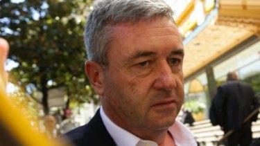 L'accord a échoué: l'ancien viticulteur de l'hébergeur Hunter, David James, s'est effondré en 2013.