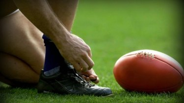 Junior footy player banned for eight matches over punch which broke jaw