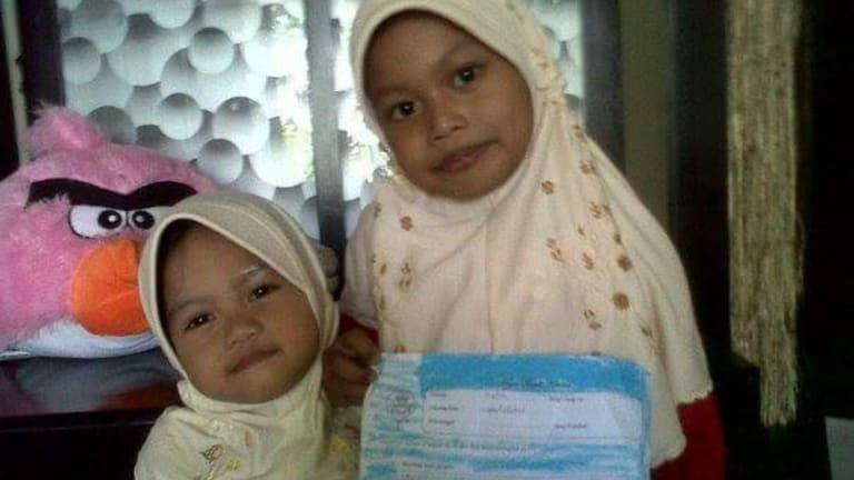 "Fadila Sari (""Lala"") with her little sister Famela Rizqita (""Ita""). Both girls died in the Surabaya suicide attacks."