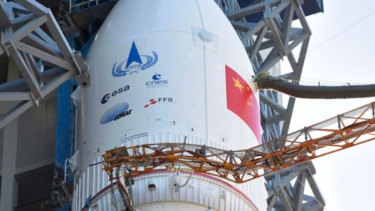 Tianwen-1 on the launchpad.