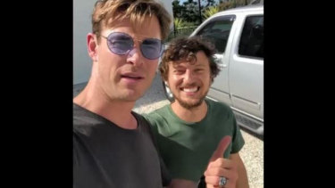 Chris Hemsworth, left, with musician Scott Hildebrand.