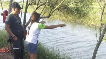 Searing image of father-daughter border drowning highlights perils at US border