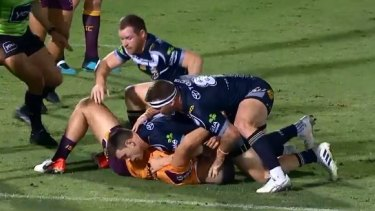Josh McGuire during the controversial tackle on David Fifita.