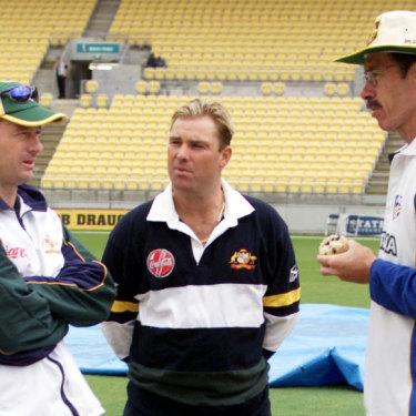 Steve Waugh, Shane Warne and John Buchanan chat before an ODI in New Zealand in 2000.
