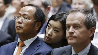 Mr Huang with Bill Shorten.