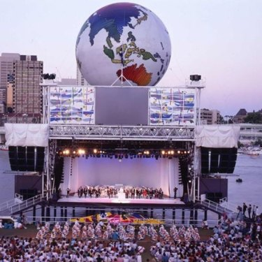 Final night celebrations at World Expo '88 at South Bank.