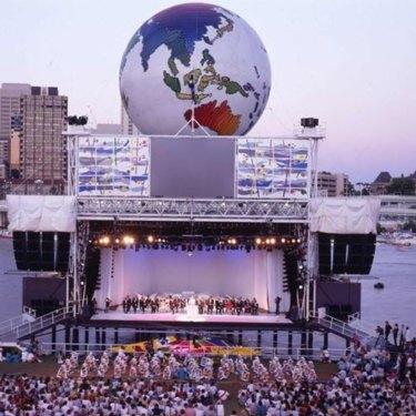 Final night celebrations at World Expo '88 at South Bank.