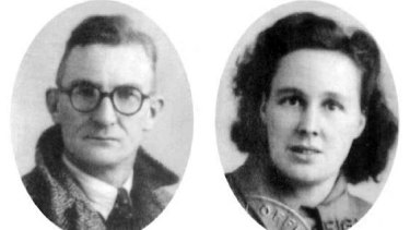 The passport photos of Margaret's parents, Ward Fearnley and Sarah Fearnley, who arrived with their six children on the migrant ship S.S. Mooltan.