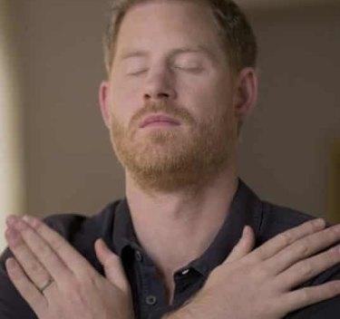 Pangeran Harry, mempraktikkan terapi EMDR dalam film dokumenter Apple TV