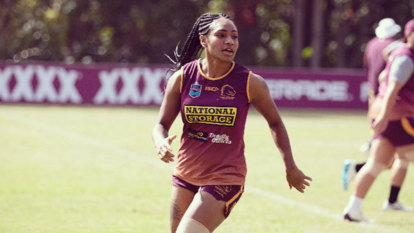 In PNG, footy challenges beliefs about 'what a woman's role should be'