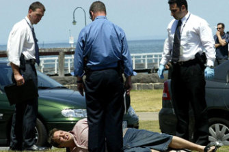 Drug dealer and killer Carl Williams is arrested by Purana detectives