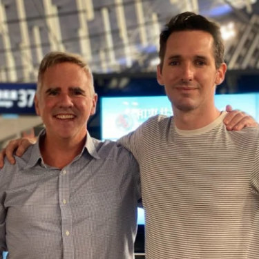 Birtles and Australian Financial Review  reporter Michael Smith leaving China.