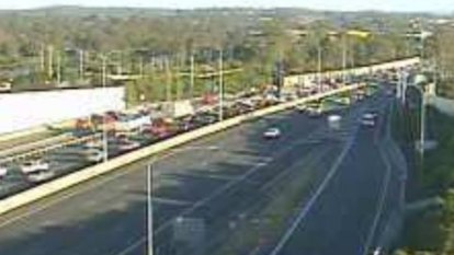 20km Pacific Motorway gridlock now largely clear