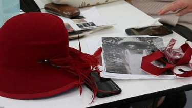 Using hats to tell Indigenous stories.
