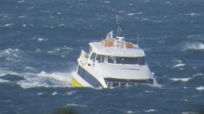 Sydney fast ferry passengers face possible strike disruptions