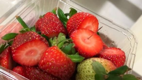 Probe into spate of 'copy-cat' fruit tampering cases in Victoria
