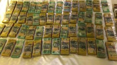 Police seized $650,000 in cash and a kilogram of cocaine following the arrest of three men in Mandurah.