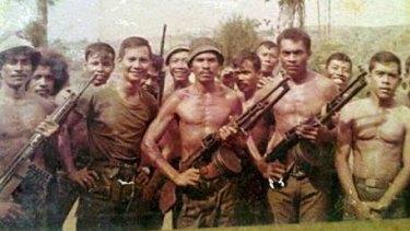 Prabowo Subianto with pro-integration militiamen in East Timor.