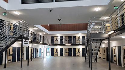 Lockdown in Hunter Valley maximum security prison after virus outbreak