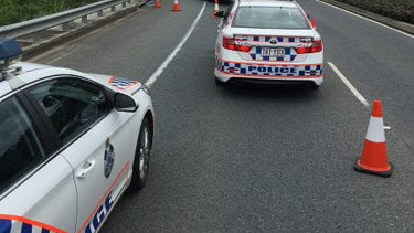 Police want to speak to the driver of a car that flashed headlights to the ute before the fatality. (File Image)