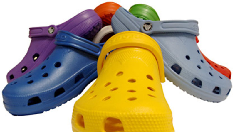 d7b82d255582 Crocs to outsource manufacture while closing 132 stores