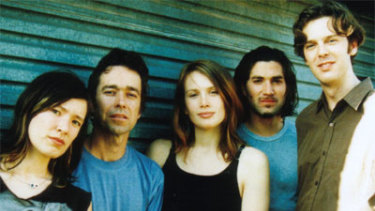 Clare Bowditch, pictured centre, with her band the Feeding Set, from left, Libby Chow, J. Walker, Warren Bloomer and Marty Brown in 2003.