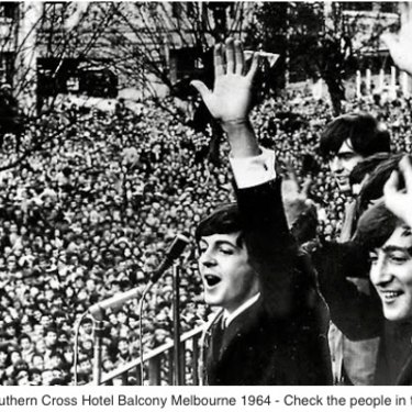 In order to greet The Beatles at Melbourne's Southern Cross Hotel on Swanston Street in June 1964, many fans climbed into the trees.