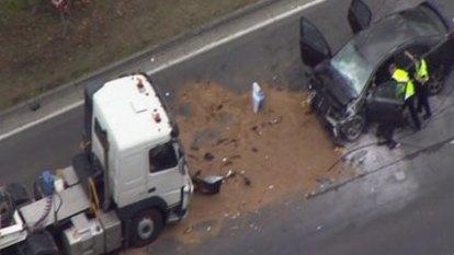 Gold Coast triple-fatal: Car crashes head-on with semi-trailer