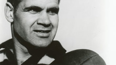 Graham 'Polly' Farmer, one ofr the greatest AFL players in history.