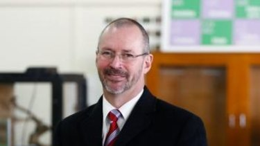 Former Templestowe College principal Peter Hutton has petitioned for the ATAR to be scrapped this year.