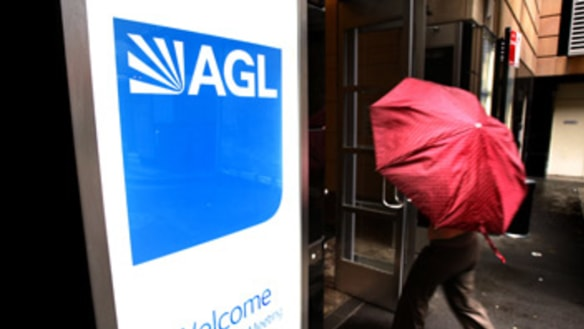 'Get your house in order': Victorian regulator puts AGL on notice over dodgy data