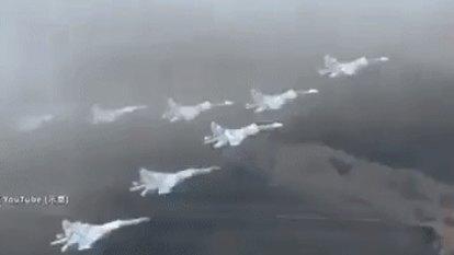 US slams Chinese flights over South China Sea