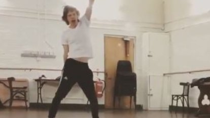 Moves like Jagger: Rolling Stones frontman is dancing, six weeks after surgery