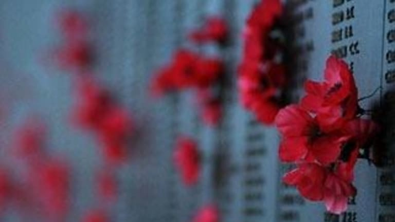 Australian War Memorial Urges Us All To Pop A Poppy On Our Cars