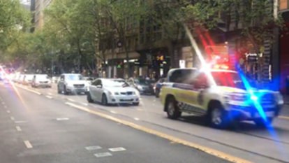 Police motorcade escorts Dutch PM through Melbourne
