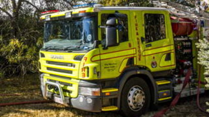 People evacuated due to gas leak at Downer shops