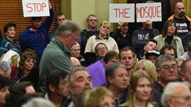Bendigo mosque approved amid protests