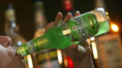Parents main source of alcohol for children, ignoring health warnings