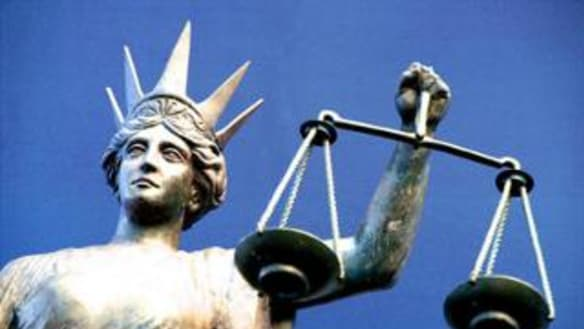 Legal aid 'crisis': fears regional and rural NSW lawyers will 'drop' work