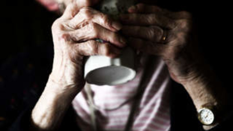 Aged care workers stretched and cutting corners, survey finds