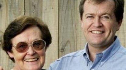 Surprise lift for Libs in female vote but will Shorten's mum spoil it?