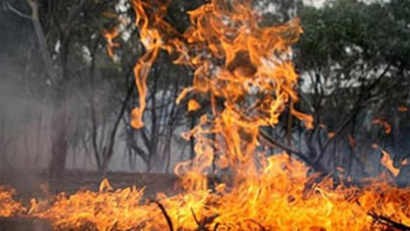 Possible threat to lives and property as fire burns east of Perth