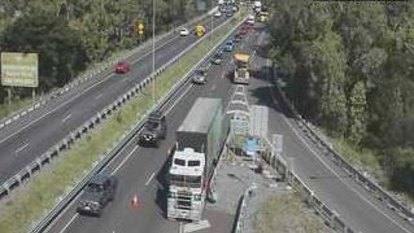 Gateway Motorway clears after truck loses load in Brisbane's north
