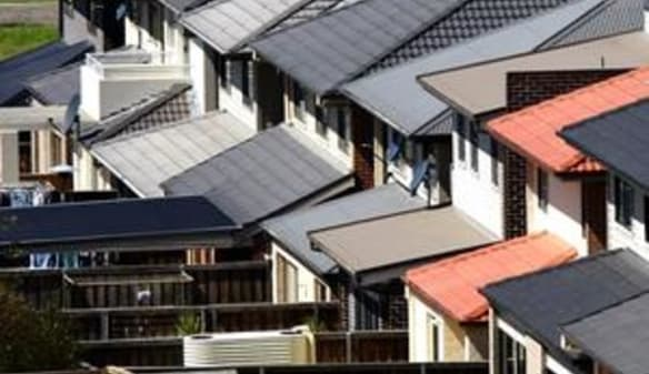 Home prices skid, Sydney down most since 1990
