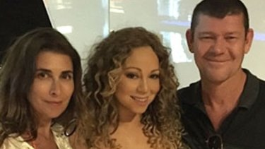 Jodhi Meares with her ex-husband James Packer and his then girlfriend, Mariah Carey in 2015.