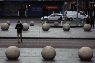 Real estate groups want workers to return to Sydney's CBD.