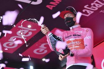 Sunweb's Wilco Kelderman is the new overall leader of the Giro.