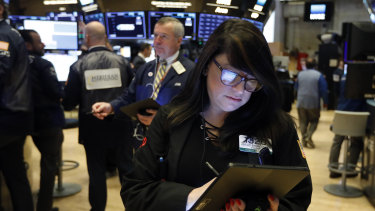 Hopes that the US-China trade deal will be signed shortly boosted shares on the New York Stock Exchange.