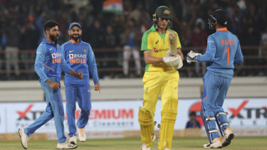 2760ab27e1c66e75cecb78741c9545ce8f3037b4 - India inflict Australia's first loss of summer to set up ODI decider
