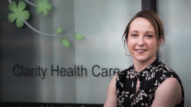 Clare Groves runs a COVID-19 mental health clinic in Melbourne's Brunswick East.